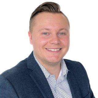 Josh McCracken | Systems Administrator | IT | Davis Martindale